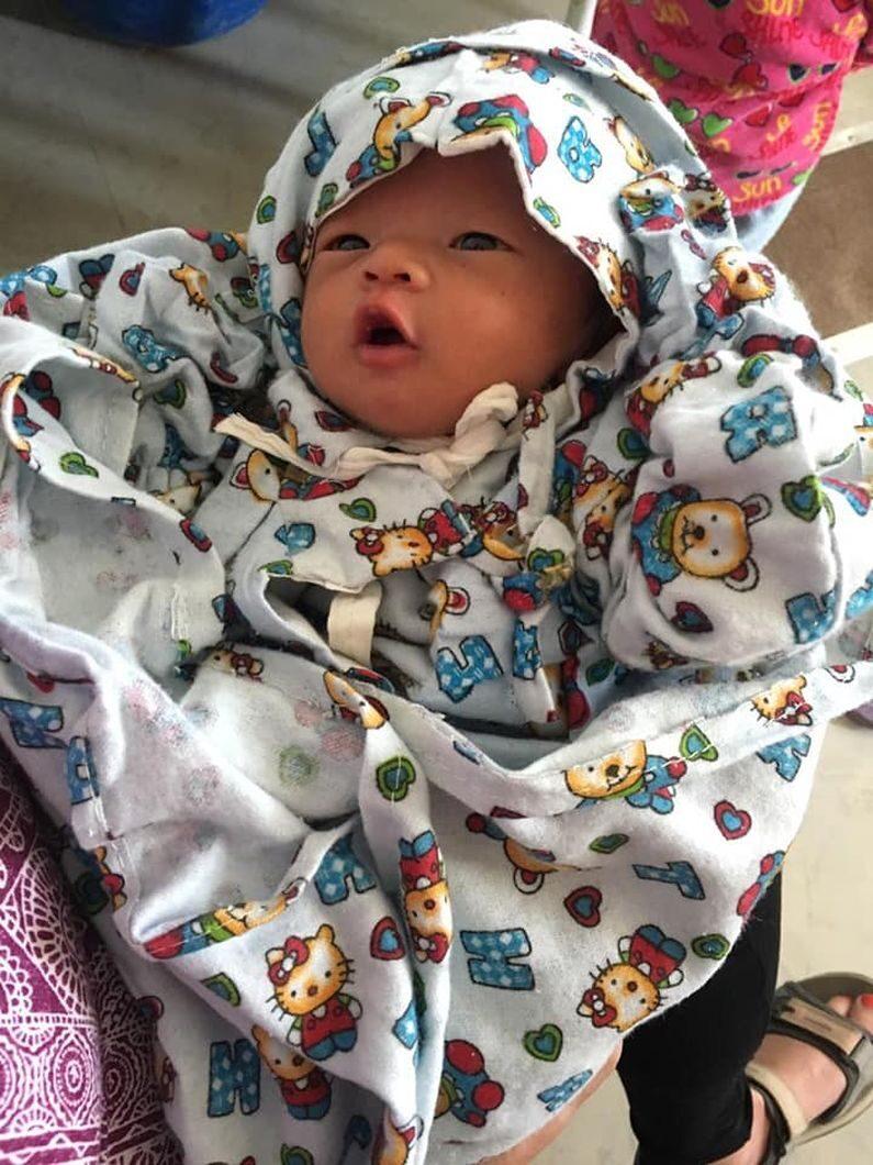 Fin nyfødt pige i Madi. Jysk landsbyundvikling i Nepal