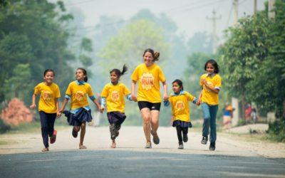 Flere flotte fotos og en video fra børneløbet i Madi
