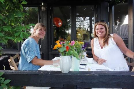 TV2OJ - Dorte (left) and Helle