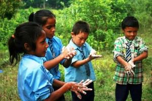 Det er vigtigt at vaske hænder, Jysk landsbyudvikling i Nepal