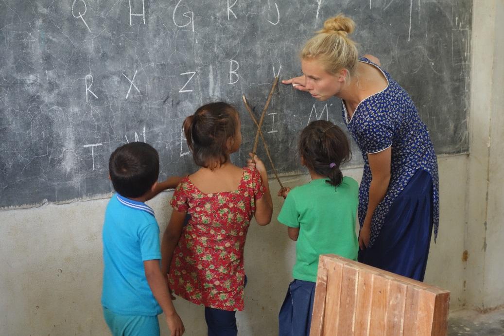 To frivillige søges til skoleprojektet, januar-marts 2016